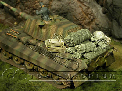 """RETIRED & BRAND NEW"" Build-a-Rama 1:32 scale Hand Painted Tank Stowage Set (8 Piece Set)"