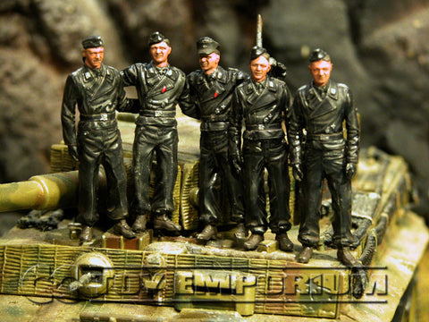 """BRAND NEW"" Custom Built - Hand Painted & Weathered 1:35 WWII German ""Michael Wittmann's Tiger 1 Ace Crew"" Soldier Set (5 Figure Set)"