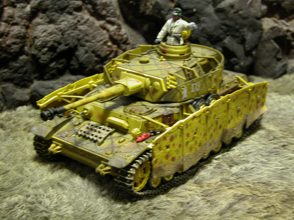 """RETIRED"" Forces Of Valor 1:32 Scale WWII German Panzer IV Ausf. G Tank, Kursk, 1943'"