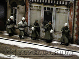 """BRAND NEW"" Custom Built - hand Painted & Weathered 1:35  WWII  German ""Cold Wind"" Soldier Set  (4 Figure Set)"