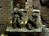 """BRAND NEW"" Custom Built - Hand Painted & Weathered 1:35 WWII German Winter Sniper Team Set (2 Figure Set)"
