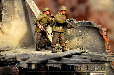 """BRAND NEW"" Custom Built - Hand Painted & Weathered 1:35 WWII German Sniper Team Soldier Set (2 Figure Set)"