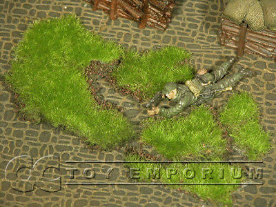 """RETIRED & BRAND NEW"" Build-a-Rama 1:32 Hand Painted WWII Grass Patches Set (5 Piece set)"