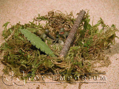 """RETIRED & BRAND NEW"" Build-a-Rama 1:32 Hand Painted WWII Pacific Jungle Debris"