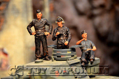 """BRAND NEW"" Custom Built - Hand Painted & Weathered 1:35 WWII German ""SS Panzer Crew - Smolensk"" Set  (3 Figure Set)"