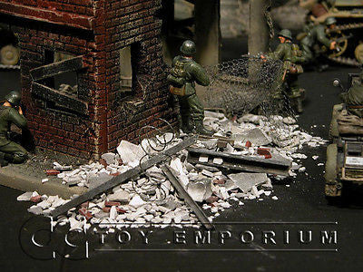 """RETIRED & BRAND NEW"" Build-a-Rama 1:32 Hand Painted WWII Deluxe Brick Rubble Set"