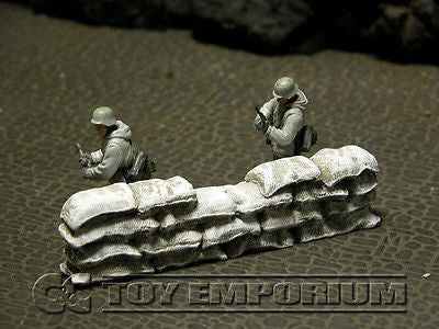 """RETIRED & BRAND NEW"" Build-a-Rama 1:32 Hand Painted WWII ""Winter"" Sandbag Wall Straight Section"