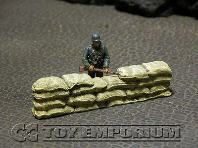 """RETIRED & BRAND NEW"" Build-a-Rama 1:32 Hand Painted WWII Sandbag ""Straight"" Wall Section"