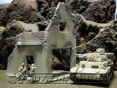 """RETIRED & BRAND NEW"" Build-a-Rama RETIRED 1:32 Hand Painted WWII ""Winter"" Deluxe 2 Story Garage Ruin"