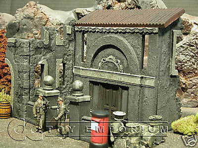 """RETIRED"" Pro Built - Hand Painted & Weathered 1:35 WWII 2 Story Italian Villa Diorama Ruin"