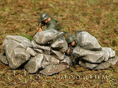 """RETIRED & BRAND NEW"" Build-a-Rama 1:32 Hand Painted WWII Rock Formation #1 (2 Piece Set)"