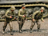 """BRAND NEW"" Custom Built & Hand Painted 1:35 WWII German Behind The Line Soldier Set (3 Figure Set)"