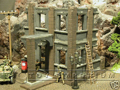 """RETIRED"" Pro Built - Hand Painted & Weathered Verlinden 1:35 Deluxe WWII German City House Ruin"