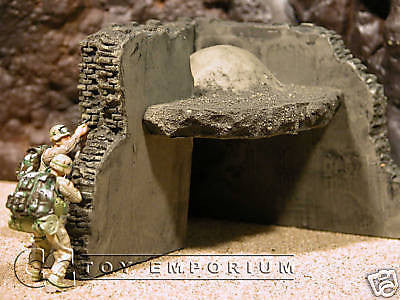 """RETIRED"" Pro Built - Hand Painted & Weathered Verlinden 1:35 Custom Built Iraq Mud / Brick House Ruin"