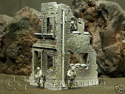 """RETIRED & BRAND NEW"" Build-a-Rama 1:32 Hand Painted ""Winter"" 2 Story Corner Ruin"