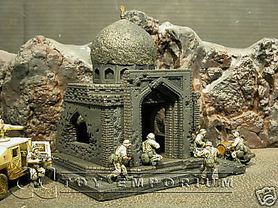 """BRAND NEW"" Custom Built - Hand Painted & Weathered 1:35 Deluxe Battle Damaged Iraq Shrine Set"