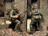 """BRAND NEW"" Custom Built & Hand Painted 1:35 WWII German Assault Infantry Soldier Set (2 Figure Set)"