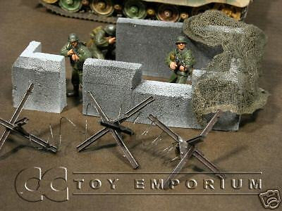 """RETIRED & BRAND NEW"" Build-a-Rama 1:32 Hand Painted WWII Bunker Wall Section Set (4 Piece Set)"