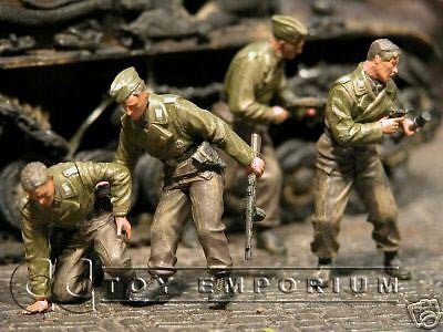 """BRAND NEW"" Custom Built & Hand Painted 1:35 WWII German Panzer Crew Soldier Set (4 Figure Set)"