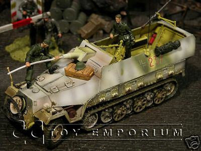 """RETIRED"" Forces Of Valor ""NEW"" German Sd. Kfz. 251/9 Kanonenwagen - Hungary 45'"