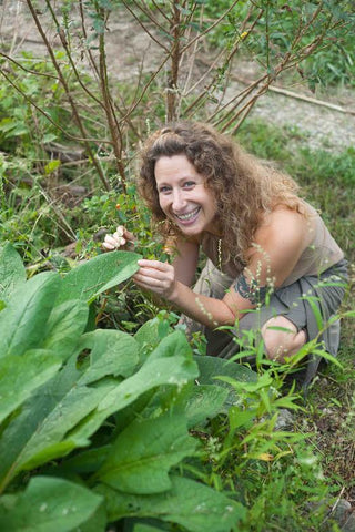Tammy Wood with Comfrey