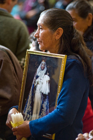 Lady with Photo of Our Lady of Good Success