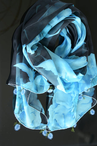 GiGi Collection silk w/ lace - blue&black&white with white&blue lace