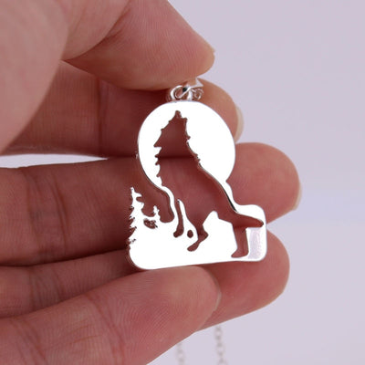 Growling Wolf Cool Necklace