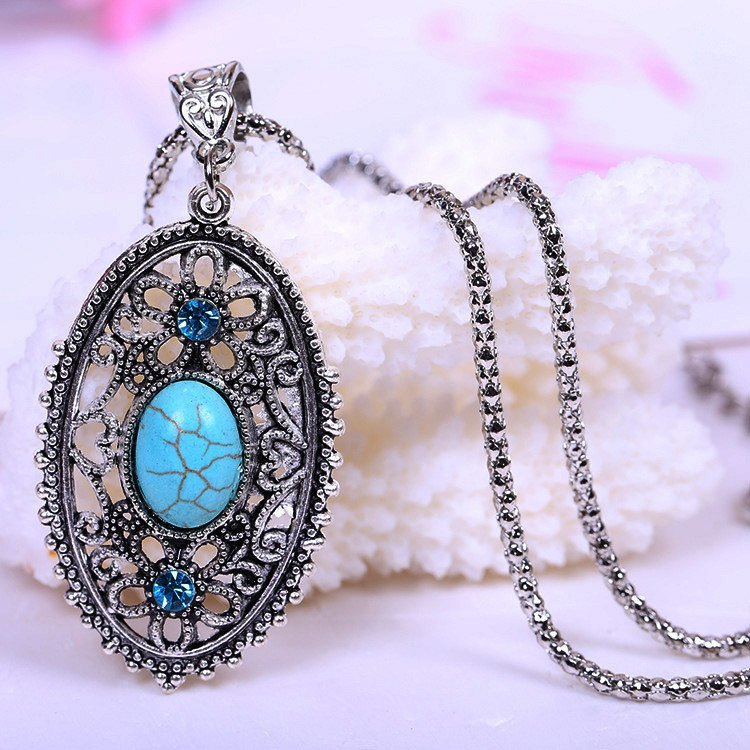 Necklace - Tibetan Hollow Turquoise Pendant Necklace