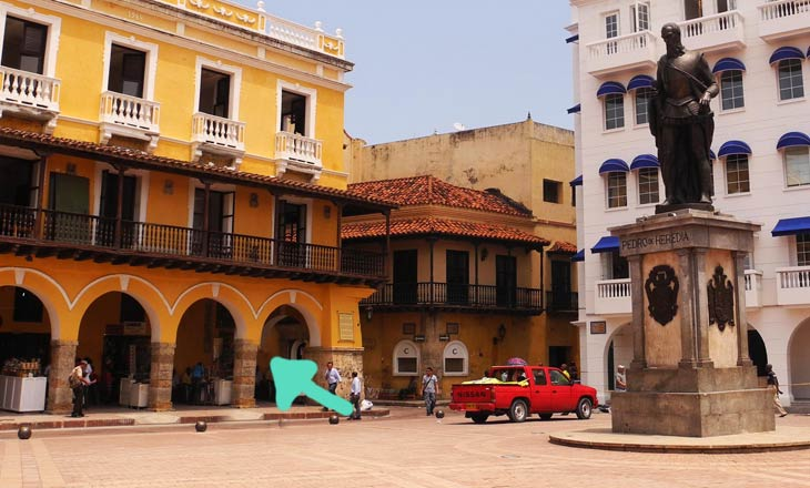 Where exchange money in Cartagena