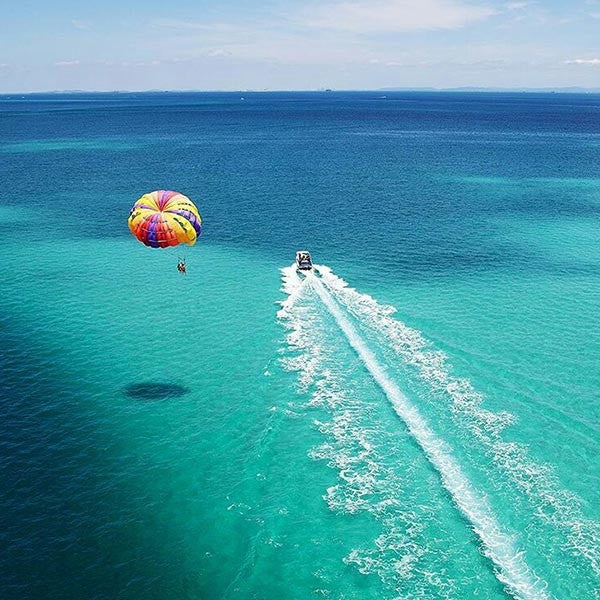 Parasail Experience Above San Andres