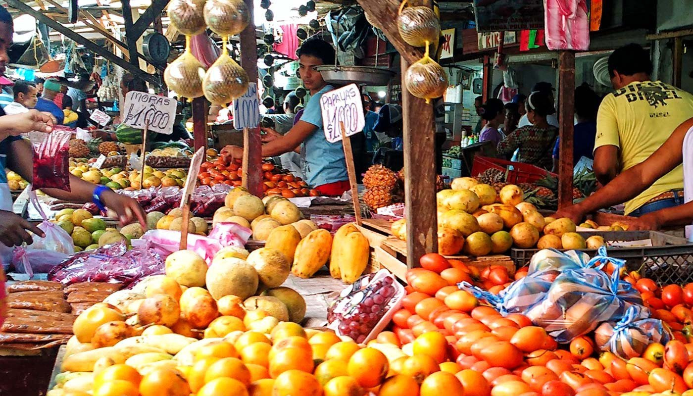 Spend a morning in the Bazurto Market