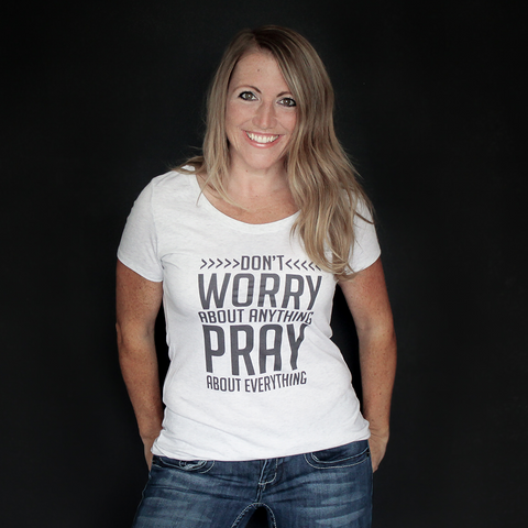 """Don't Worry"" Fitted Tee - The Talking Shirt"