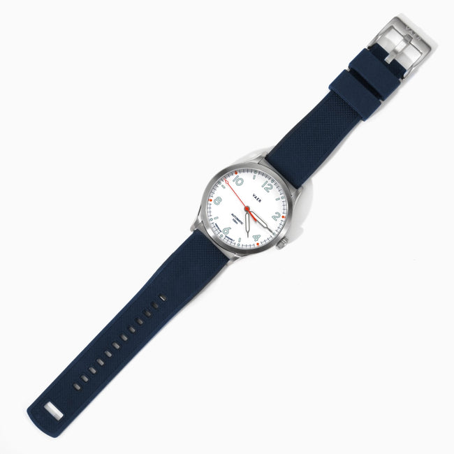 A5 | Design White USA Automatic