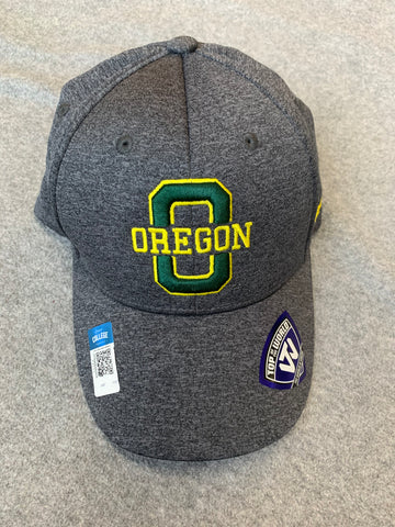 "Grey Oregon Ducks Hat With Yellow ""O"""