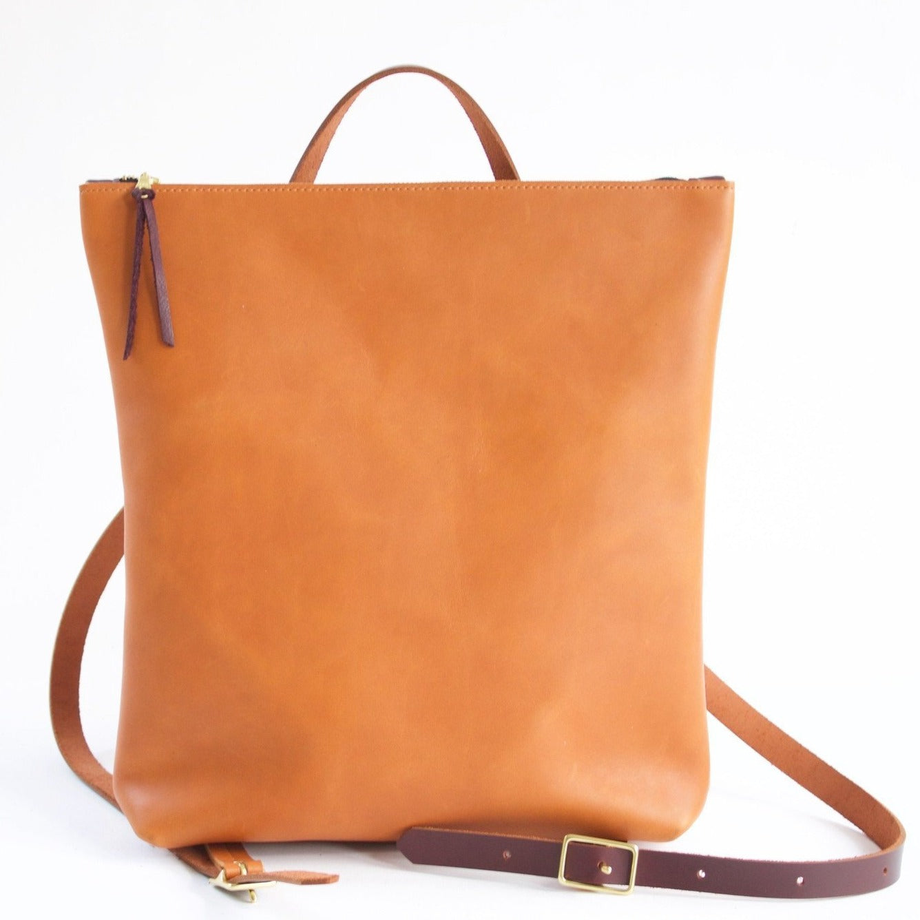 Neva Opet Nico zip top backpack sienna
