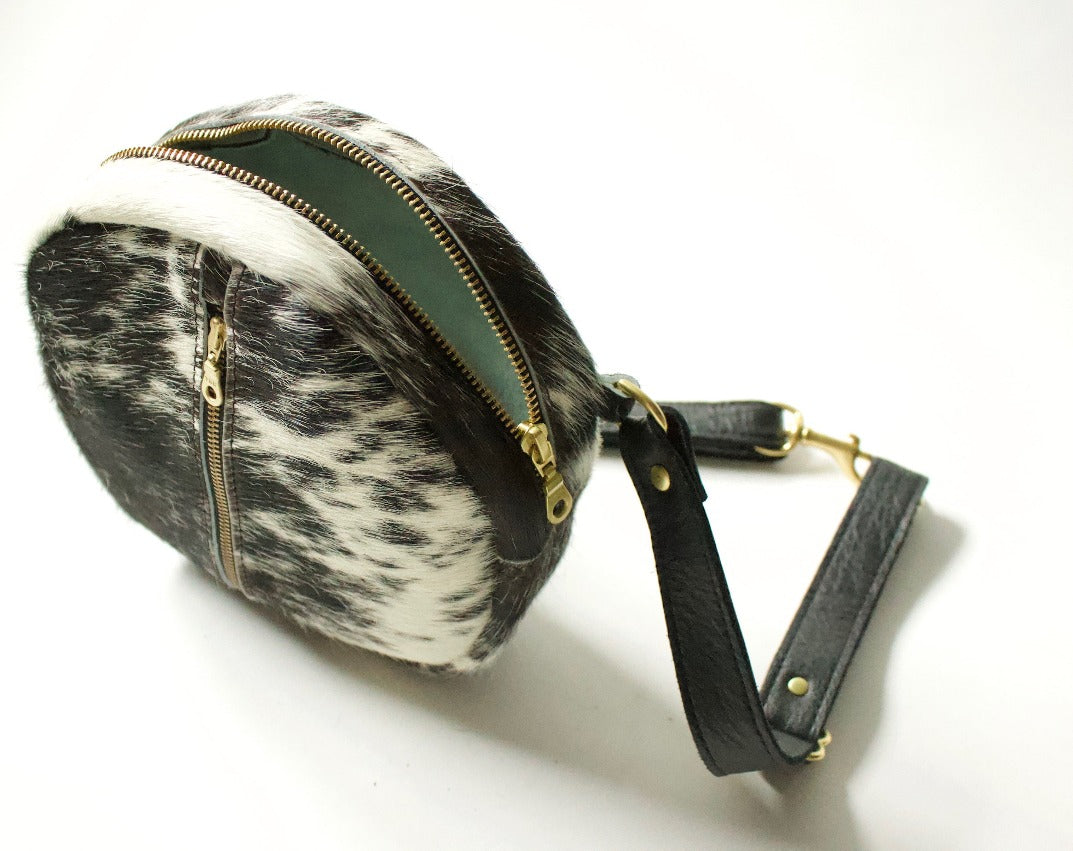 Neva Opet Nan Crossbody Salt & Pepper