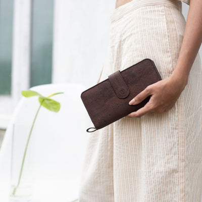 Kim Clutch Wallet - Brown + Blue