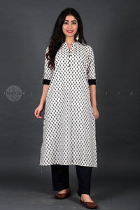 White Jaipuri Booti Cuff and Collar Kurta