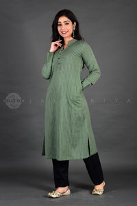 Green Stripes Full Sleeves Collar Kurta