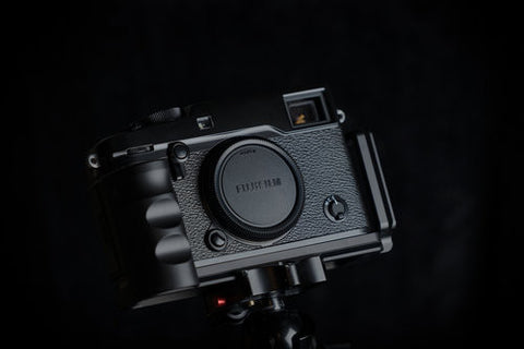 Custom Designed L-Bracket with Grip made for the X-Pro2