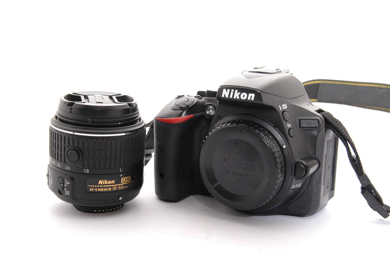 Used Nikon D5500 with 18-55mm VR II Kit
