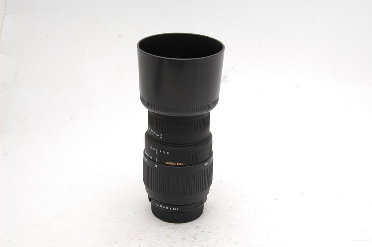 Used Sigma 70-300mm f/4-5.6 DG Macro for Pentax