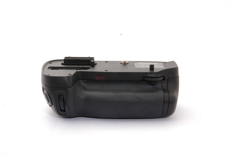 Used Hahnel Battery Grip HN-D7100 for Nikon D7100