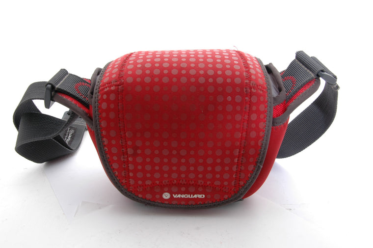 Used Vanguard Nivelo 15 Camera Bag - Red