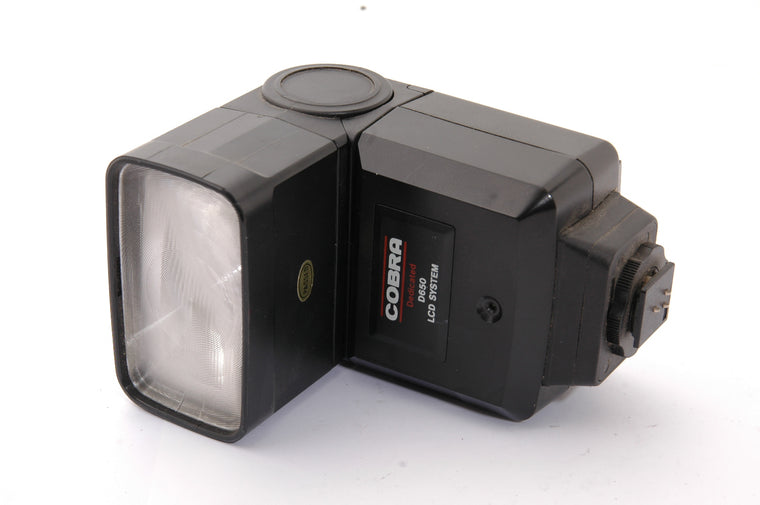 Used Cobra d650 Flashgun for Canon EOS Film Camera