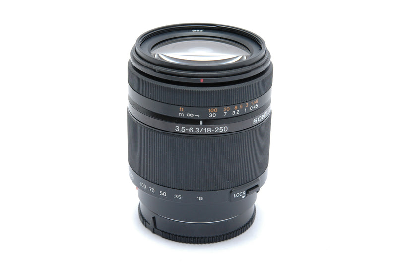 Used Sony DT 18-250mm f3.5-6.3 Lens - Sony A Mount