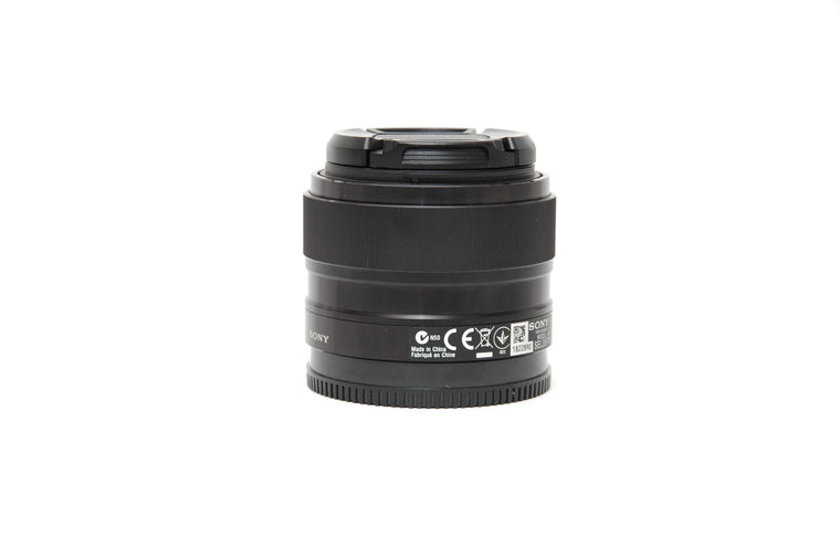 Used Sony E 35mm f/1.8 OSS Lens