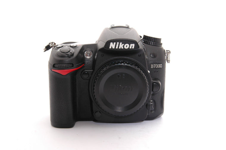 Used Nikon D7100 Camera Body - Black