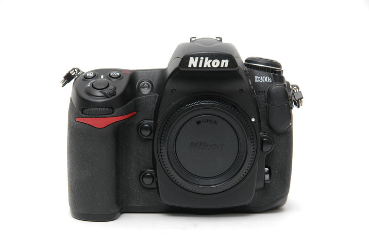 Used Nikon D300s Camera Body - Black